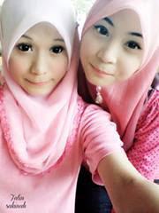 Foto Wanita Cantik Asli Indonesia Yang Menggunakan Jilbab Jilbab Cantik Jilbab Lucu Hijab Cantik Hijab Bagus Foto Wanita Cantik Asli Indonesia Yang