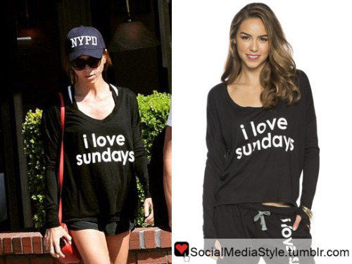 She Is Wearing The Peace Love World I Love Sundays Comfy Womens T Shirt Her Exact Shirt Is Sold Out But You Can Buy These Other Versions