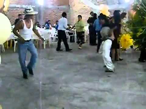 Funny Drunk People Dancing