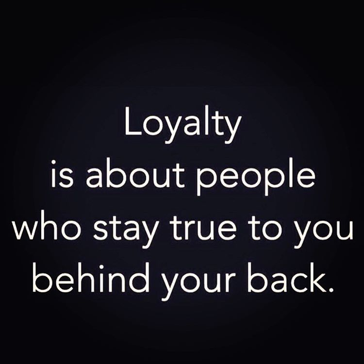 I Can Count The Loyal Friends I Have One Hand Dontneedaquauntainces Lifesentirelytooshort
