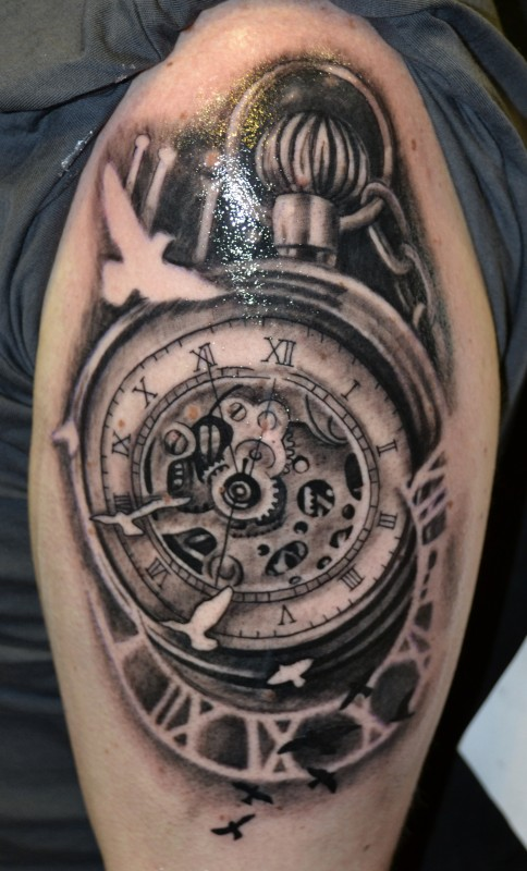 Kompass Und Uhr Tattoo Bilder Westend Tattoo Piercing Wien