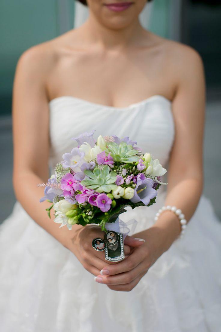 Persische Hochzeit In Flieder Von Hanna Witte Hochzeitsreportagen Koln