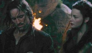 Lyv Tyler Als Arwen Undomiel And Viggo Mortensen Als Aragorn