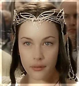 Flechten Ihres Dunklen Haares Waren Noch Von Keinem Raureif Versilbert Ihre Weisen Arme Und Das Reine Gesicht Waren Makellos Und Glatt Und Der