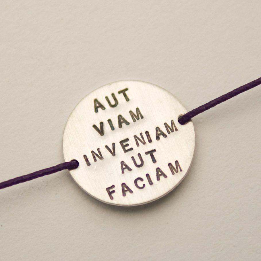 Motivational Quotes Slimcab Health Concept Lateinische Phrasenschone Wortehoffnungidee Tattoospruche Zitatepositive