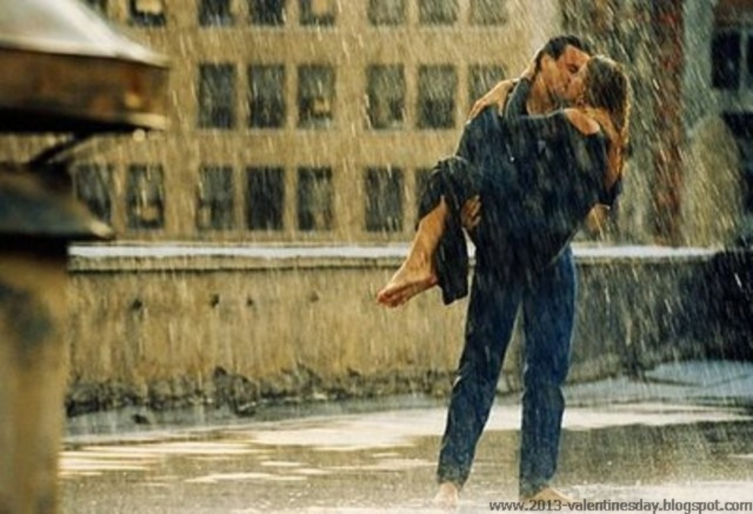 Love Couple Kiss In Rain