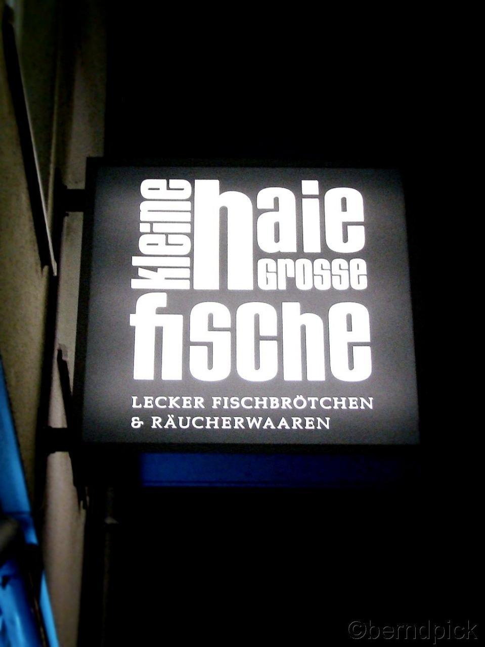 Kleine Haie Grose Fische St Pauli Kiez Reeperbahn Hamburg