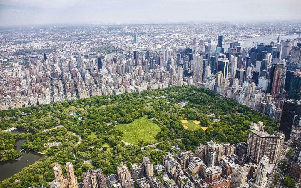 Central Park, New YorkTempat wisata paling populer menurut Andrew Hidayat (AndrewHidayat.com)