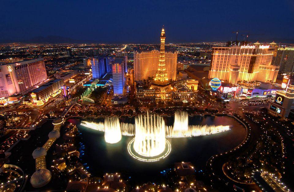 Las Vegas Strip, Las VegasTempat wisata paling populer menurut Andrew Hidayat (AndrewHidayat.com)