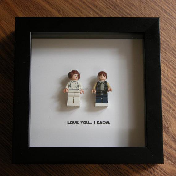 Ich Liebe Dich Ich Weis Art Frame Funktion Zwei Lego Star Wars Minifiguren Han Solo Und Prinzessin Leia Mit Dem Beruhmten Zitat Ich Liebe Dich