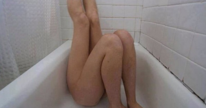 No Context P O Of A Girl With Two Pairs Of In A Bathtub Cover
