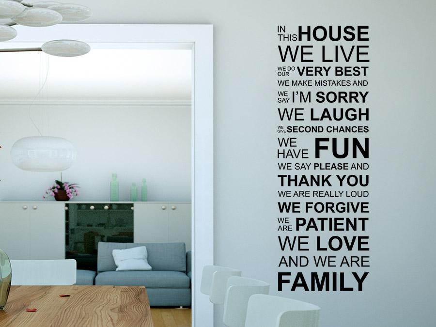 Fur Familien Wandtattoo This House Im Wohnbereich