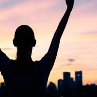 5 Tahun Lagi Kamu Akan Bersyukur Pernah Dapetin 7 Pencapaian Ini Mulai Sekarang Yuk Dicicil - Andrew Hidayat (AndrewHidayat.com)