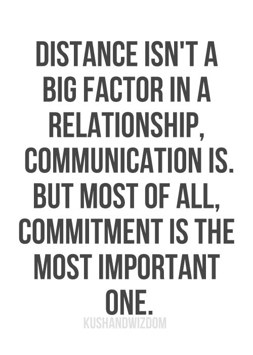 Zitate Zum Thema Liebe Schreiben Wahre Liebe Herzschmerz Vermissen Beziehungen Wochenendbeziehungen Zitate Uber Entfernung