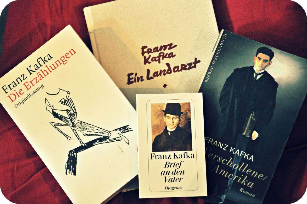 Juli  Wurde Franz Kafka Geboren Zum Ersten Mal Begegnete Mirser Ausergewohnliche Schriftsteller Auf Einer Rolltreppe Jedes Mal Wenn Ich Sen