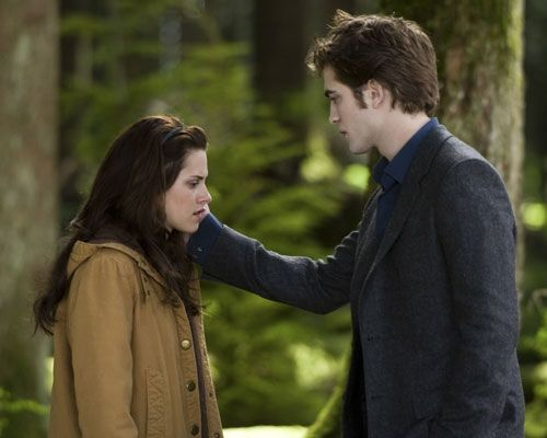 The Twilight Series Anniversary Will Be Celebrated With Author Stephanie Meyer Swapping The Genders Of Bella And Edward In New Book