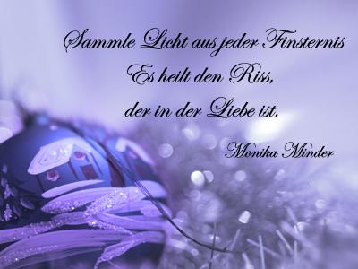 Christbaumkugel Und Limetten In Violett