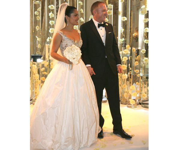 La Boda De La Actriz Salma Hayek Con El Multimillonario Frances Francois Henri Pinault  C B Eine Frauhochzeitenzitateberuhmte Hochzeitskleider Promi