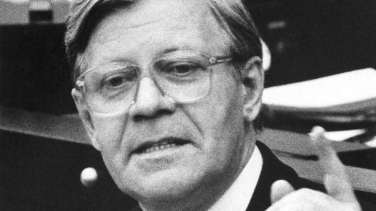 Mit Scharfen Worten Fordert Bundeskanzler Helmut Schmidt Spd Am  Im Deutschen