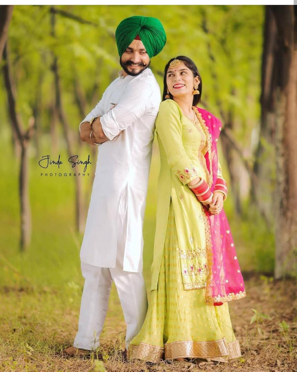 Very Cute Punjabi Couple Pictures