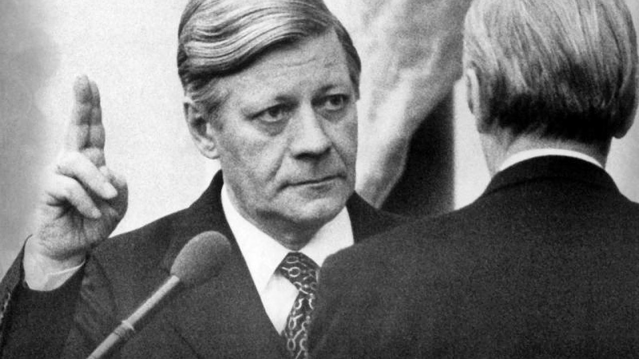 Funf Zitate Von Helmut Schmidt In Geschichte Eingehen Werden