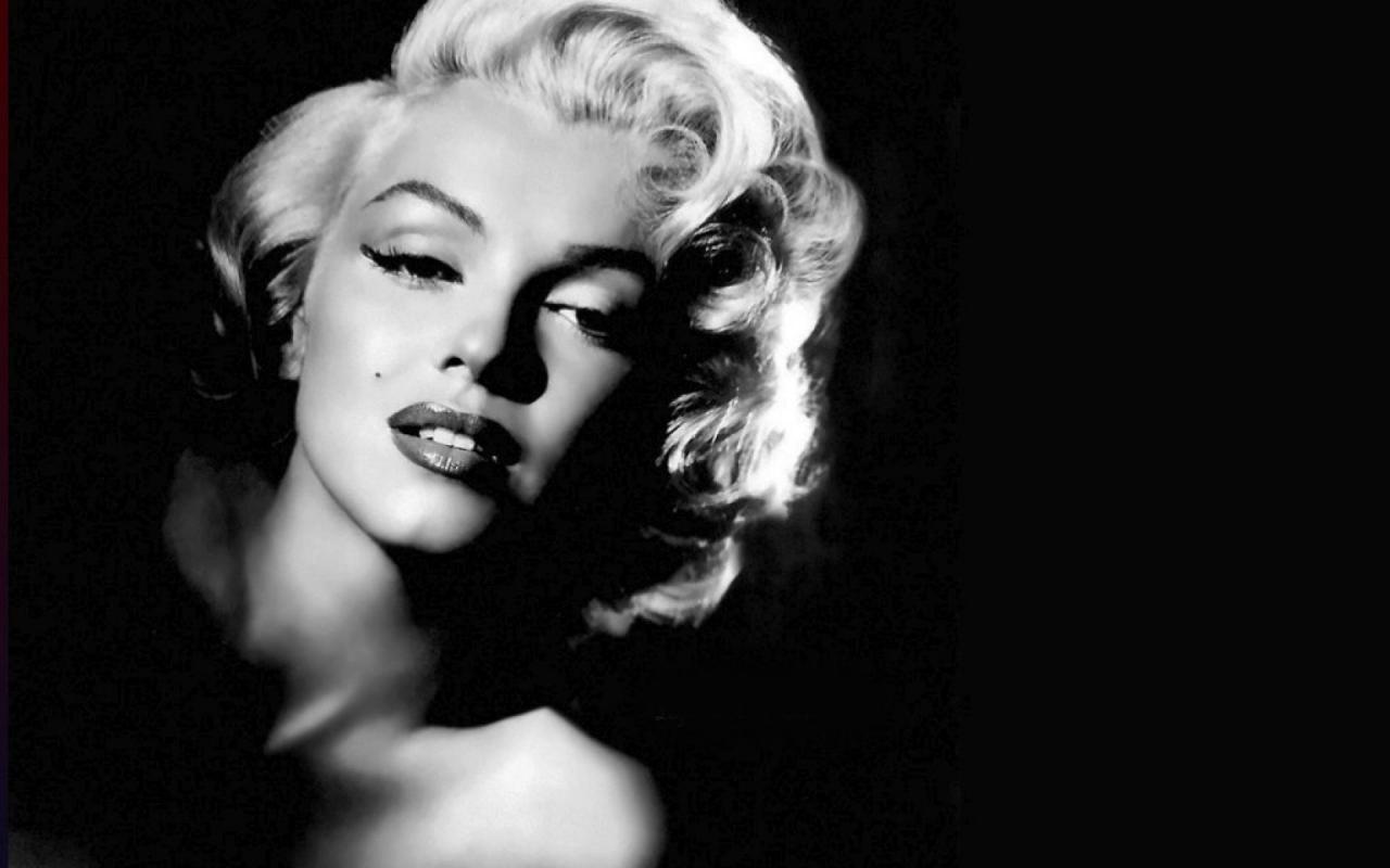 Marilyn Monroes Best Looks Photos