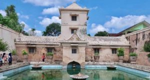 A peek at the Bathing Complex of the King's Wives in Taman Sari, Yogyakarta