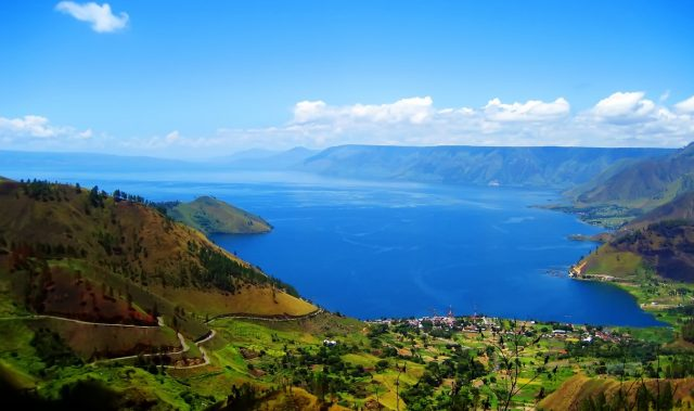 The Beauty of Lake Toba as The Largest Volcanic Lake In The World