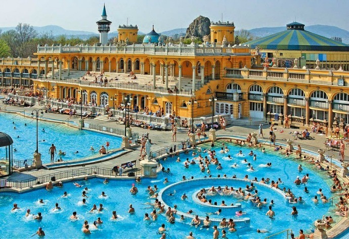 The Széchenyi hot spring is the largest therapeutic pool in Europe