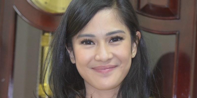 Dian Sastrowardoyo Will Play As Kartini In Hanungmantyos Latest Movie P O Source Okezone